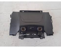 Cassetto porta oggetti superiore centrale cruscotto HYUNDAI i30 Serie (12>18)