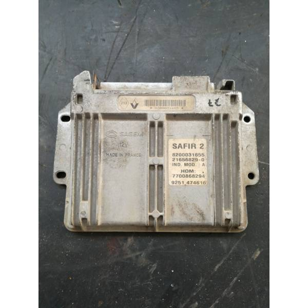 8200031655 CENTRALINA MOTORE RENAULT Clio Serie (99>01) Benzina (1999) RICAMBI USATI