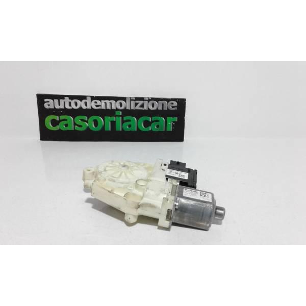 MOTORINO ALZAVETRO ANTERIORE DESTRA FIAT 500 X Serie (15>) 1600 Diesel (2017) RICAMBI USATI