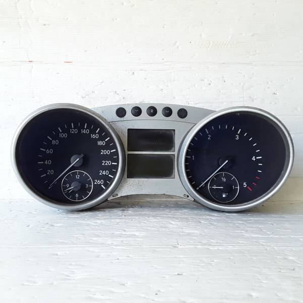 a2514405211 QUADRO STRUMENTI MERCEDES Classe R W251 3200 Diesel (2007) RICAMBI USATI