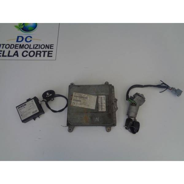 02811001537 KIT CHIAVE IVECO Daily 3° Serie 2800 Diesel (2005) RICAMBI USATI