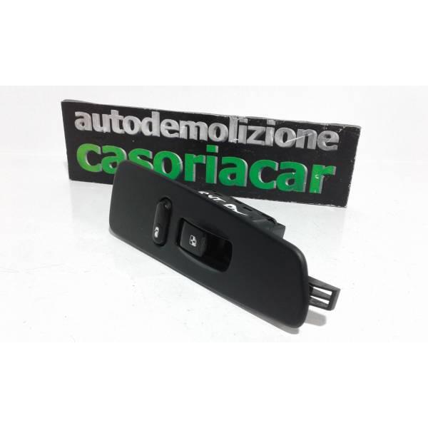 85830-08000 PULSANTIERA ANTERIORE DESTRA PASSEGGERO SSANGYONG Rexton 1° Serie Benzina (2005) RICAMBI USATI