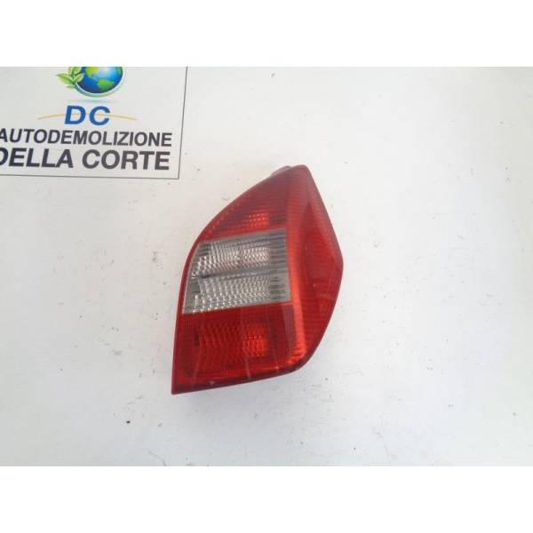 STOP FANALE POSTERIORE DESTRO PASSEGGERO CITROEN C2 1° Serie 1400 Benzina (2003) RICAMBI USATI