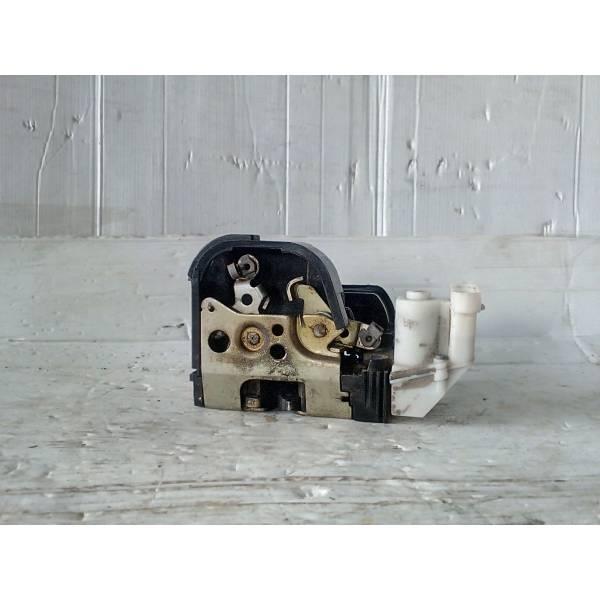 SERRATURA ANTERIORE SINISTRA FIAT Punto Berlina 3P Benzina (1994) RICAMBI USATI