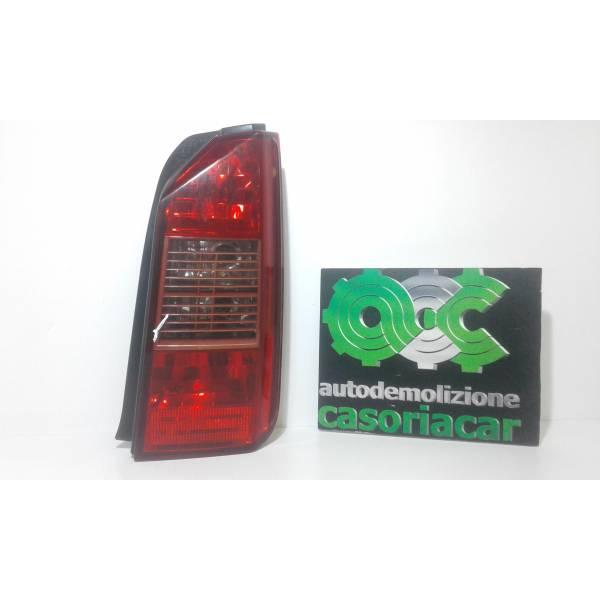 STOP FANALE POSTERIORE DESTRO PASSEGGERO FIAT Idea 1° Serie 1300 Diesel (2004) RICAMBI USATI
