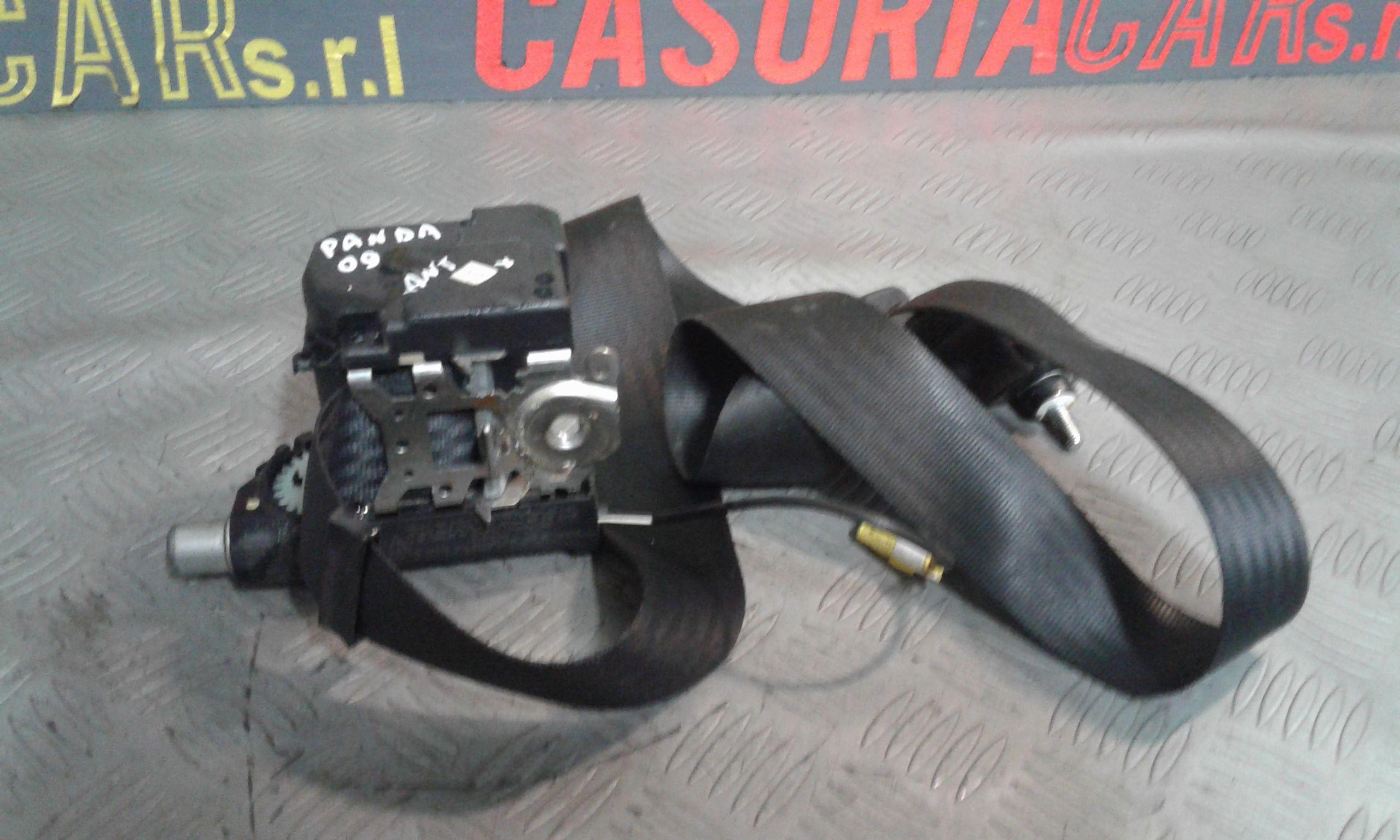 Cintura di Sicurezza anteriore Sinistra con pretensionatore