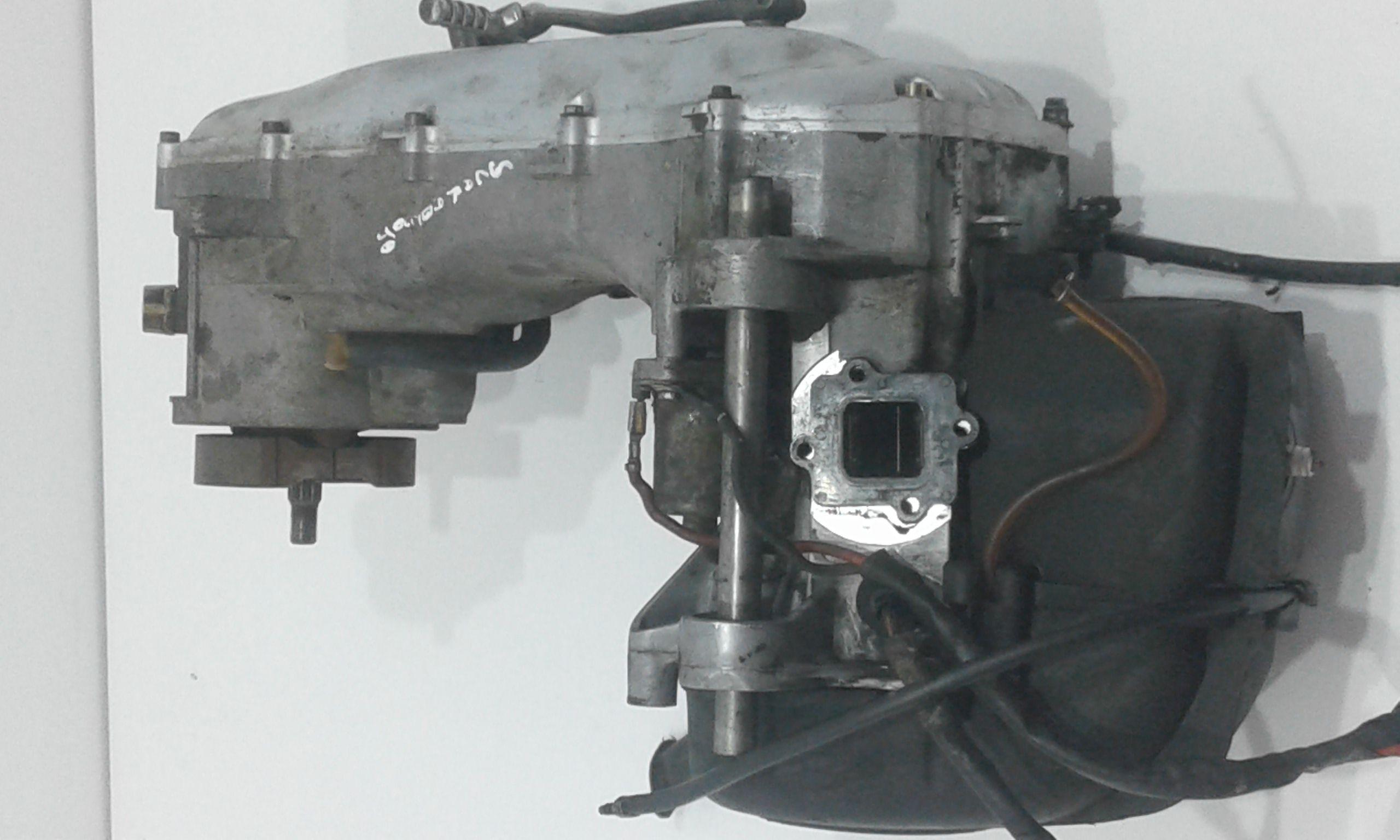 MOTORE SEMI COMPLETO Aprilia Scarabeo 50cc 2t 50 Benzina  (1999) RICAMBI USATI