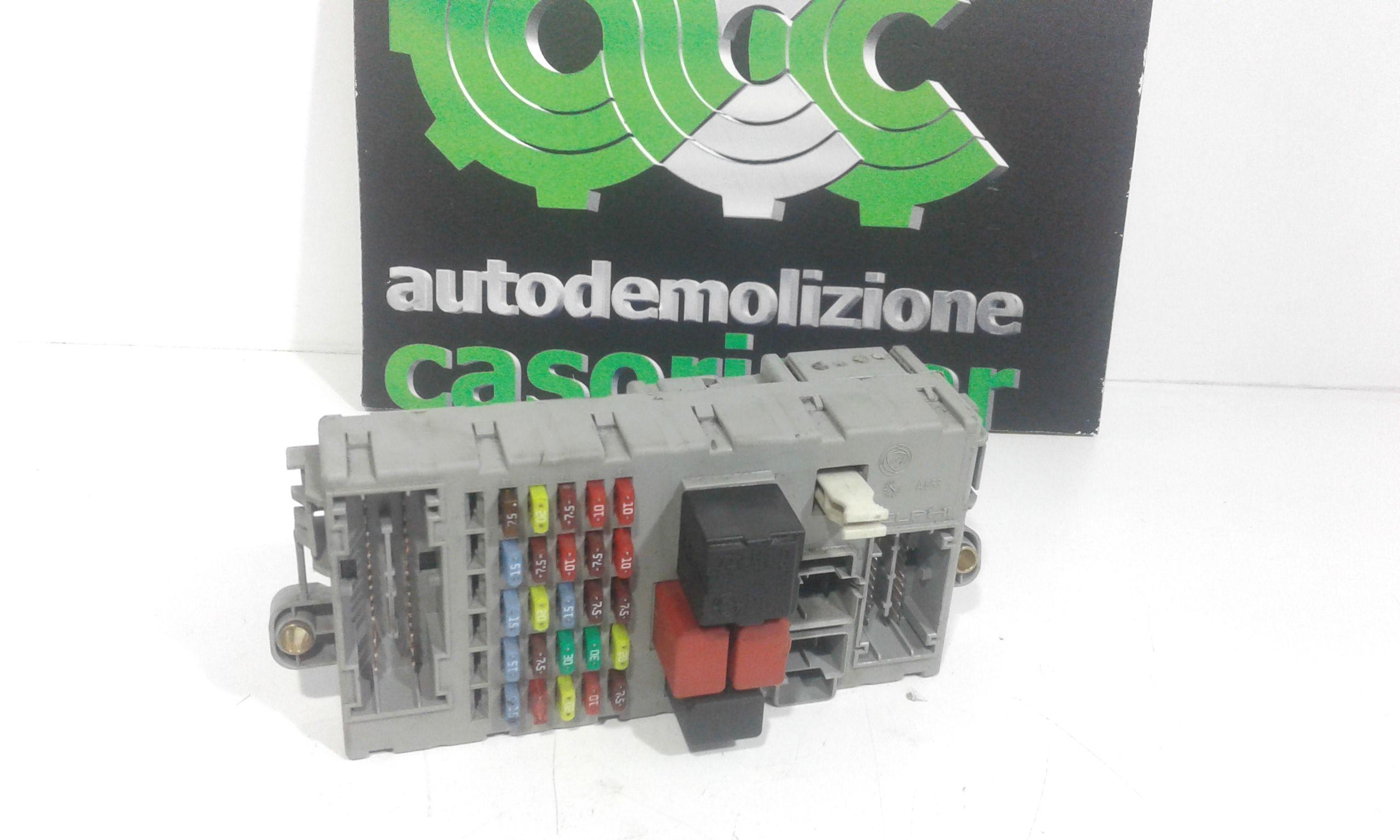 51744898 CENTRALINA PORTA FUSIBILI FIAT Punto Berlina 3P 3° Serie 1300 Diesel  (2004) RICAMBI USATI