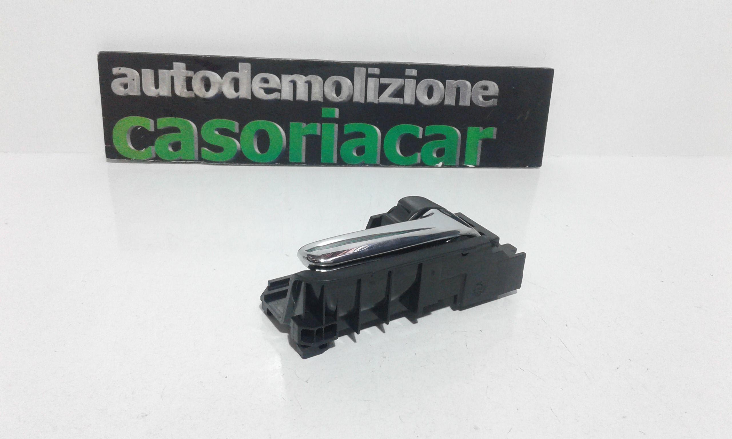 MANIGLIA ESTERNA POSTERIORE DESTRA TOYOTA Corolla Berlina 3° Serie 3-5P Benzina  (2004) RICAMBI USATI