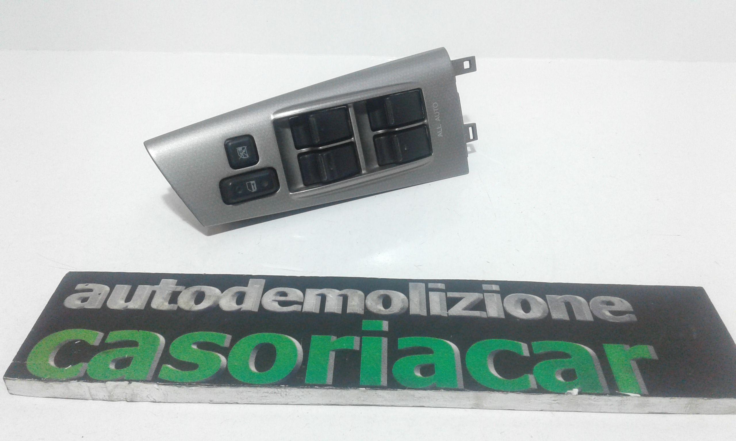 PULSANTIERA ANTERIORE SINISTRA GUIDA TOYOTA Corolla Berlina 3° Serie 3-5P Benzina (2004) RICAMBI USATI