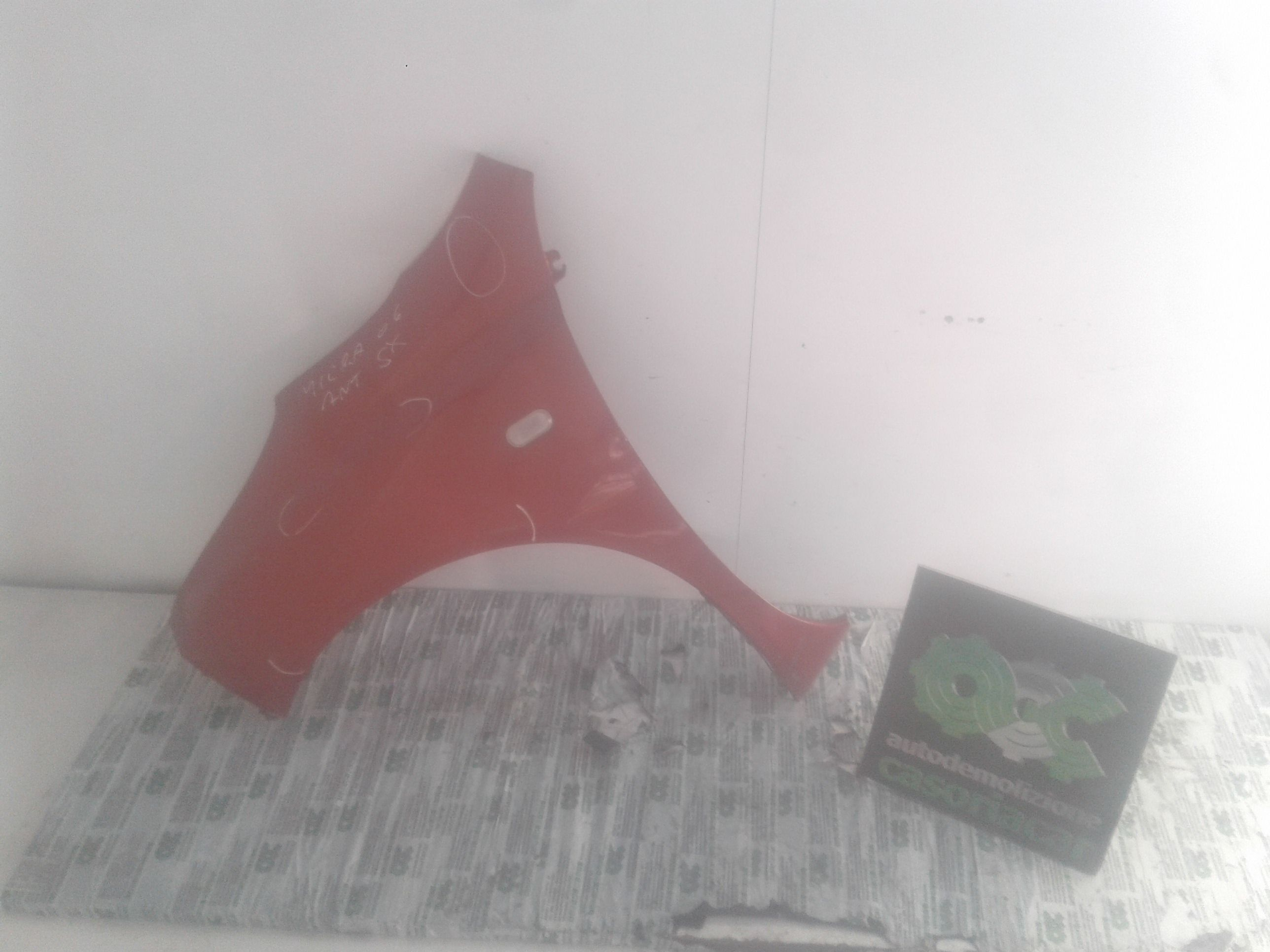 PARAFANGO ANTERIORE SINISTRO NISSAN Micra Cabrio Benzina  (2006) RICAMBI USATI