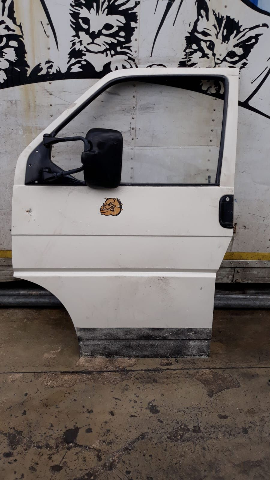 PORTIERA ANTERIORE SINISTRA VOLKSWAGEN Transporter T4 2° Serie Benzina  RICAMBI USATI