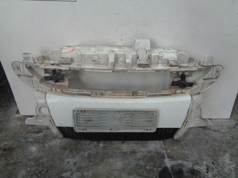 PARAURTI ANTERIORE COMPLETO SMART Fortwo Coupé 3° Serie (w 451) 1000 Benzina  (2009) RICAMBI USATI