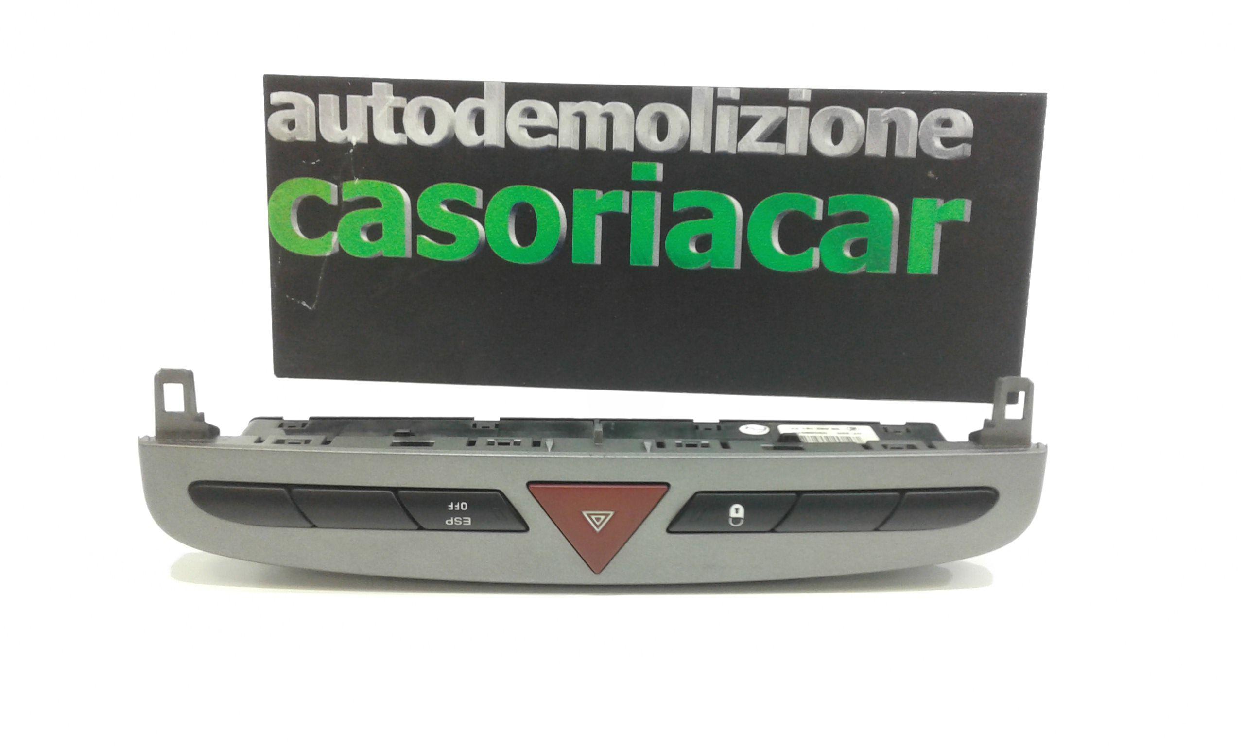PULSANTE LUCI DI EMERGENZA PEUGEOT 308 1° Serie Benzina  (2009) RICAMBI USATI