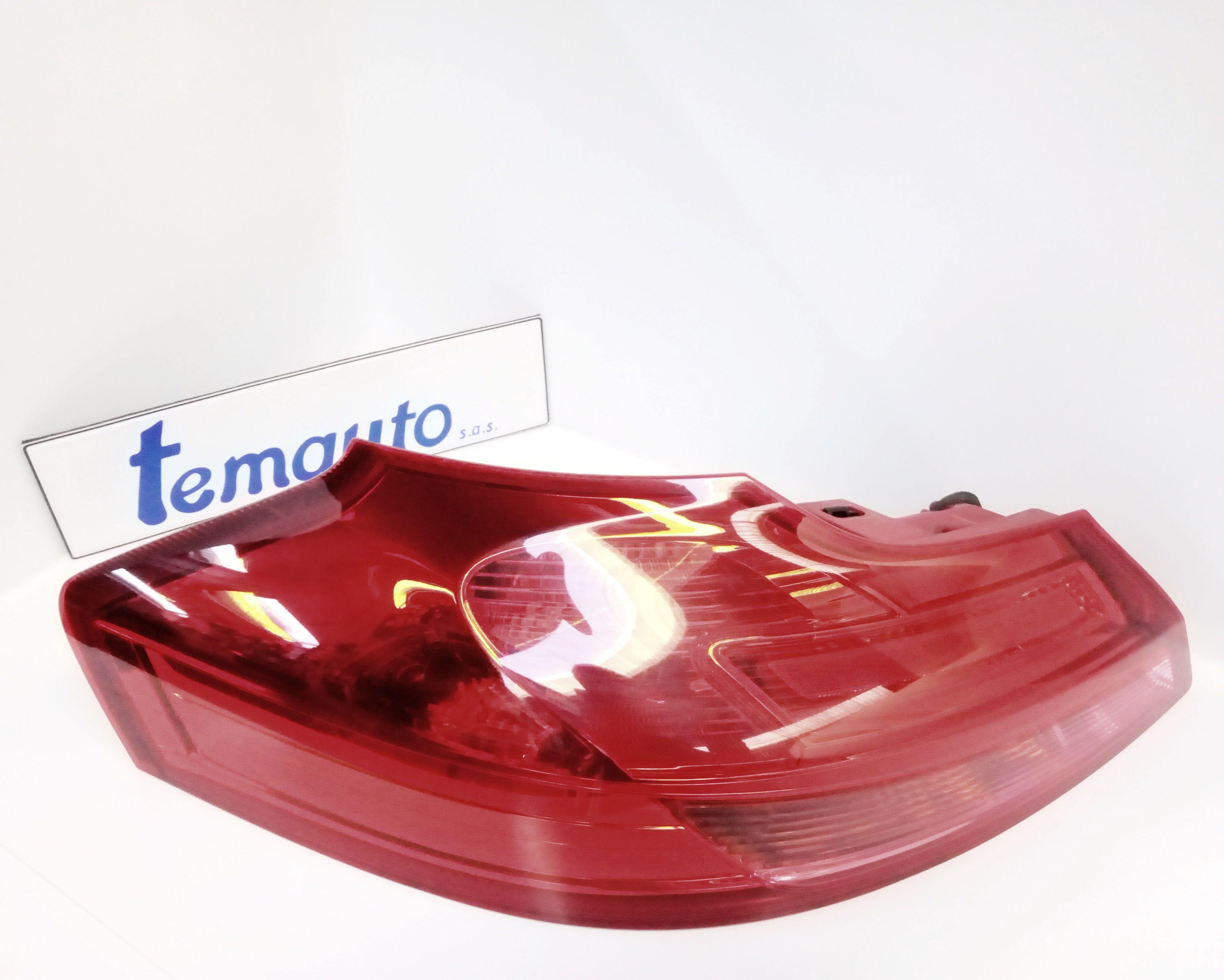 13226856 STOP FANALE POSTERIORE SINISTRO LATO GUIDA OPEL Insignia S. Wagon Diesel (2010) RICAMBI USATI