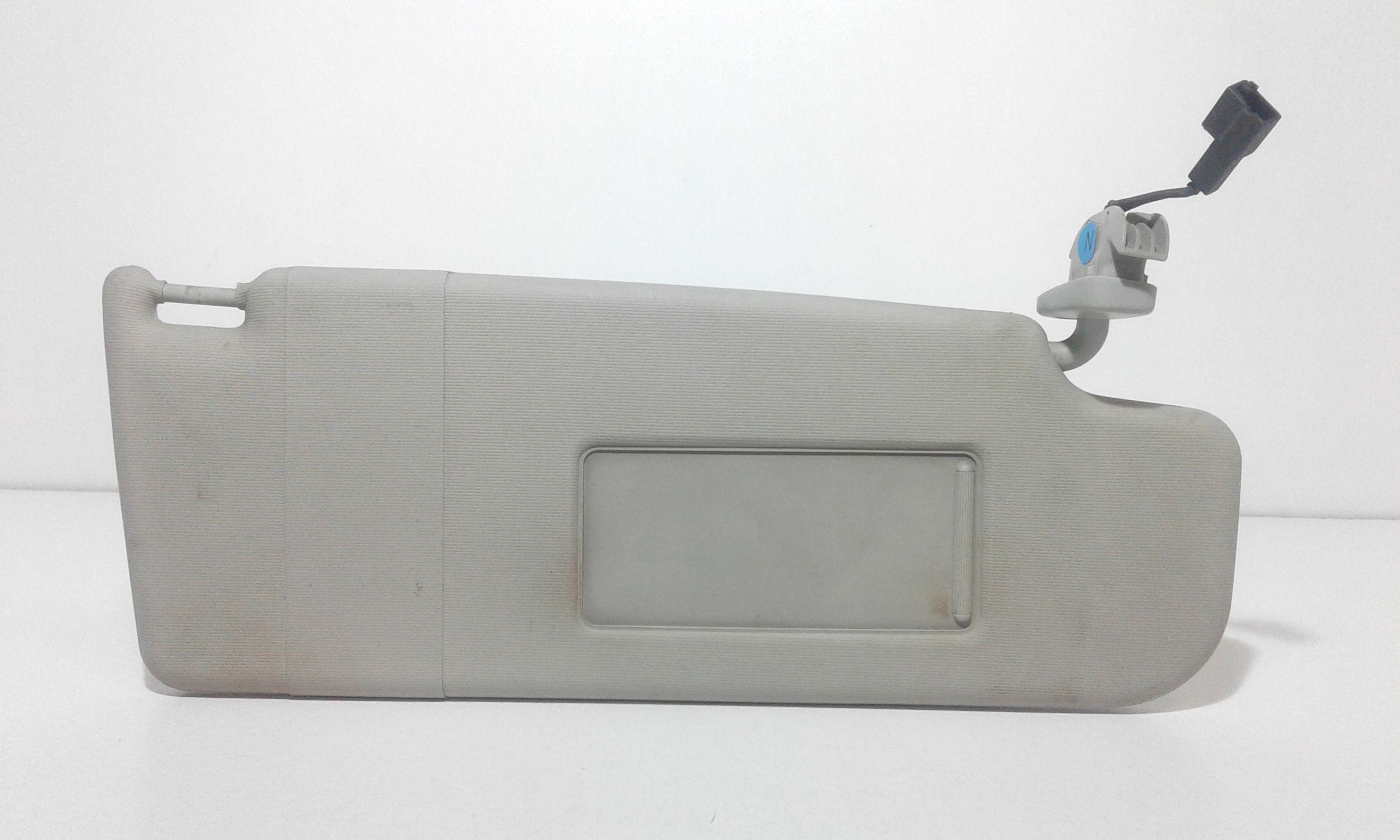 PARASOLE ALETTA LATO PASSEGGERO VOLKSWAGEN Polo 4° Serie  Benzina    (2008) RICAMBI USATI