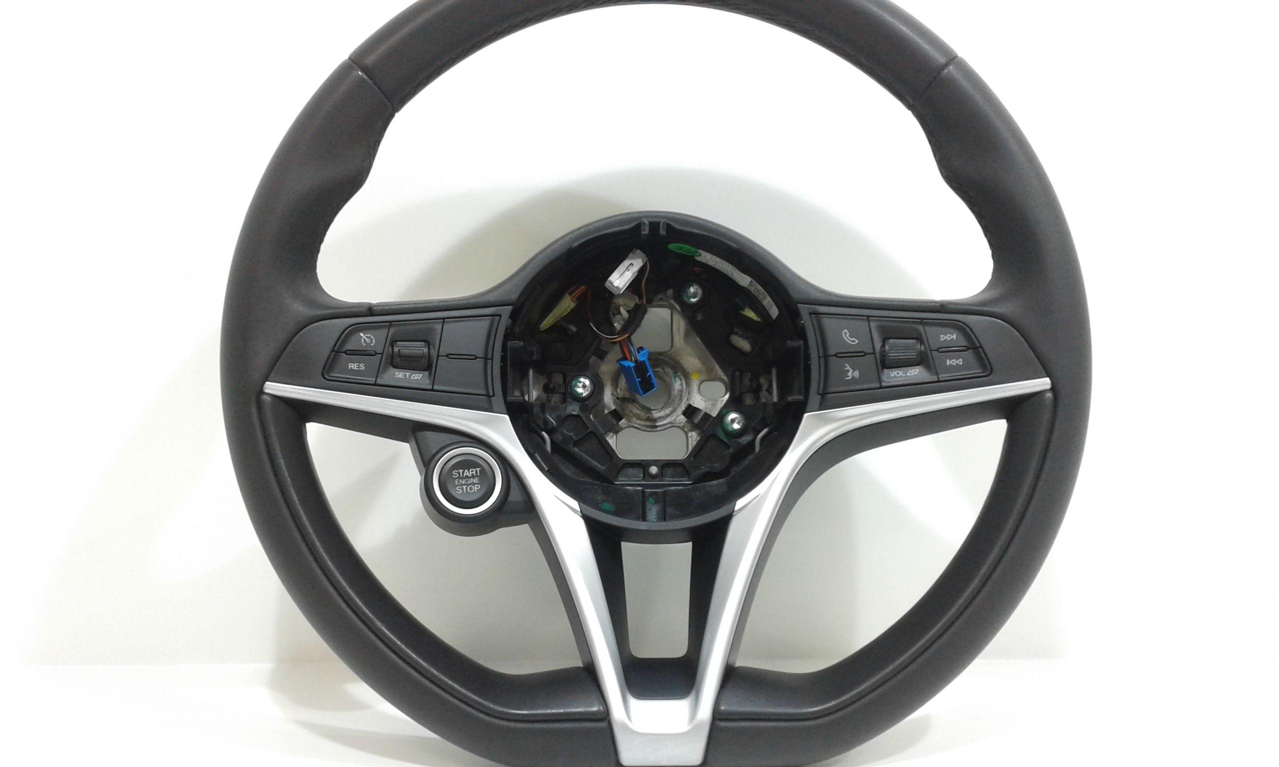 VOLANTE ALFA ROMEO Giulia serie Benzina  (2016) RICAMBI USATI