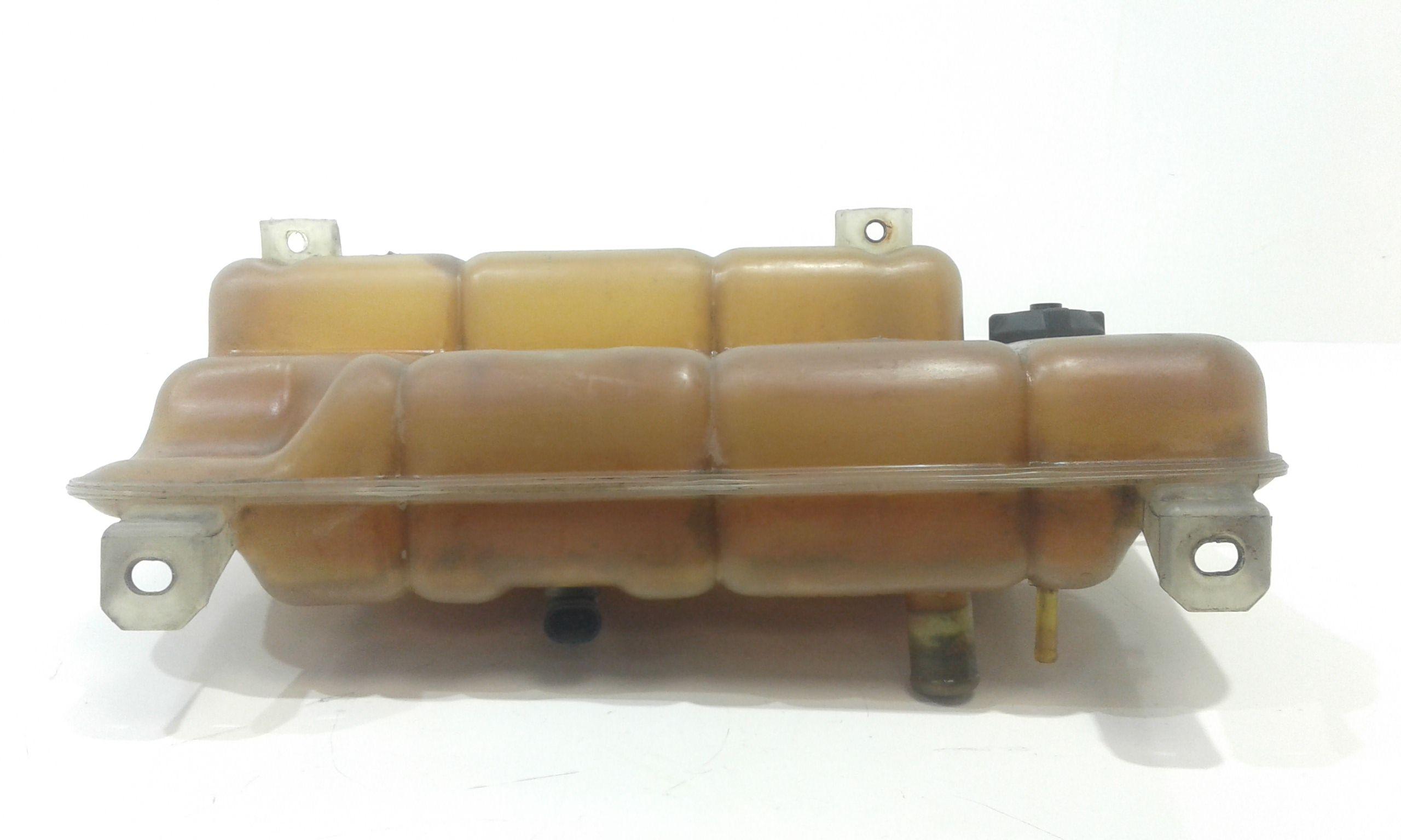 VASCHETTA LIQUIDO RADIATORE IVECO Daily 3° Serie 2800 Diesel (2003) RICAMBI USATI