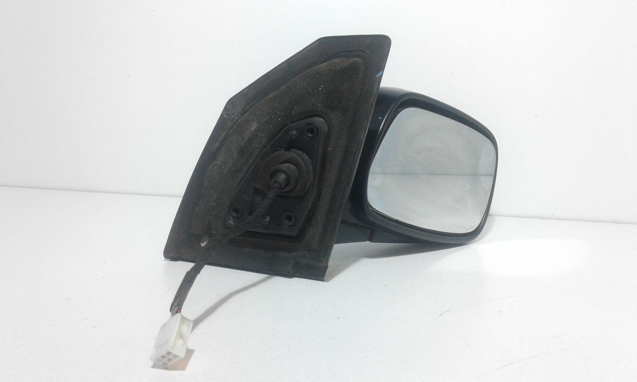 SPECCHIETTO RETROVISORE DESTRO TOYOTA Corolla Berlina 3° Serie 3-5P 1600 Benzina  (2004) RICAMBI USATI