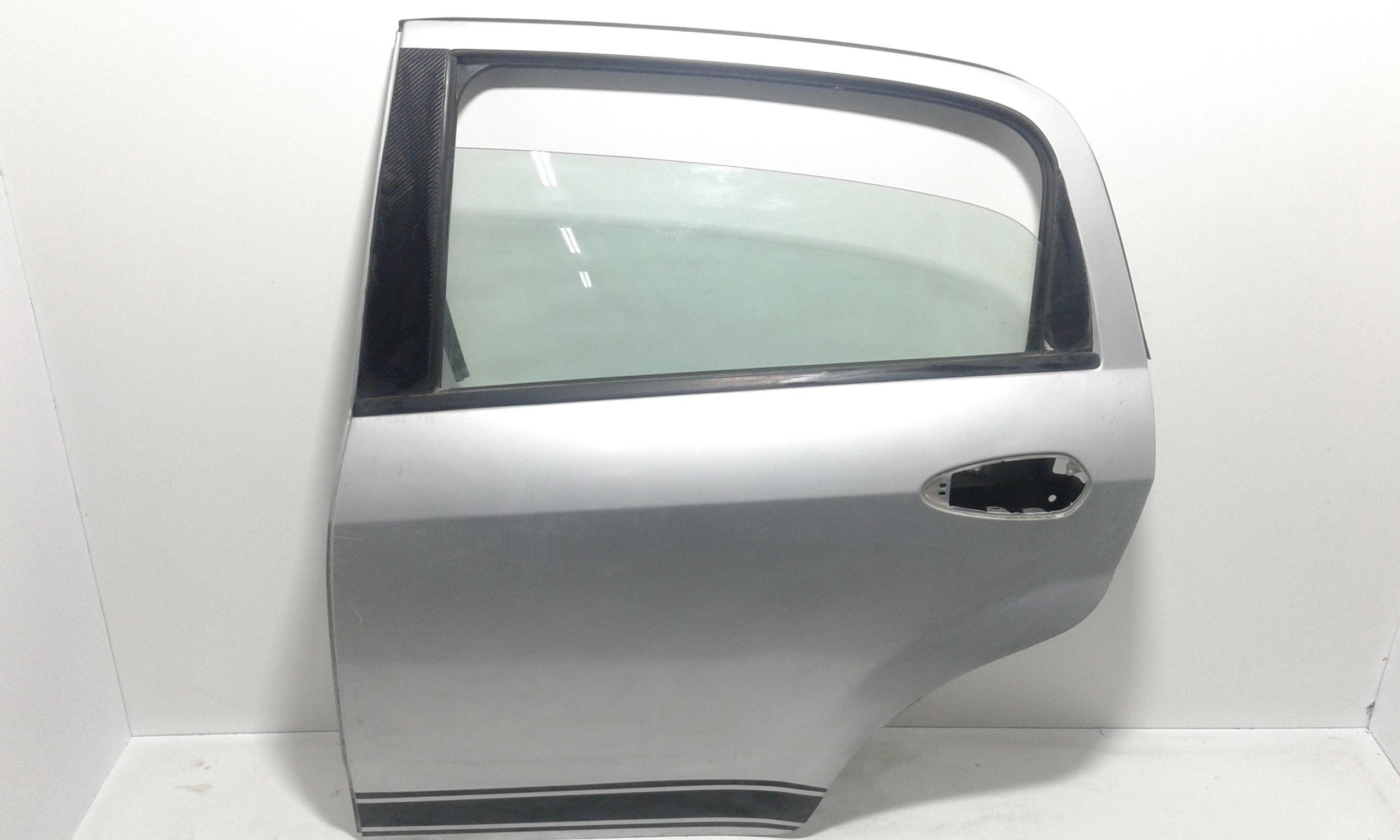 PORTIERA POSTERIORE SINISTRA FIAT Grande Punto 1° Serie  Diesel    (2006) RICAMBI USATI