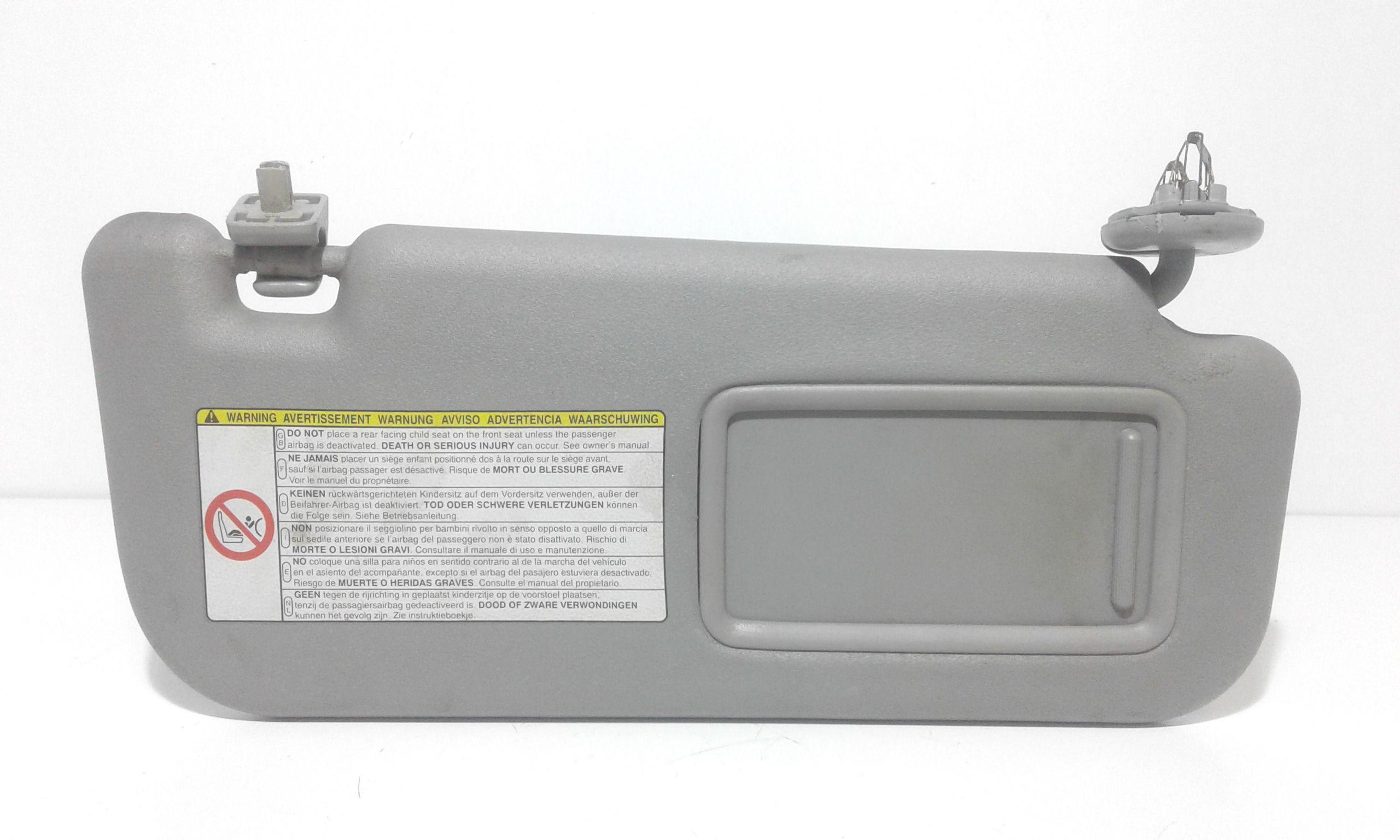 PARASOLE ALETTA LATO PASSEGGERO TOYOTA Yaris 3° Serie 1000 Benzina    (2006) RICAMBI USATI