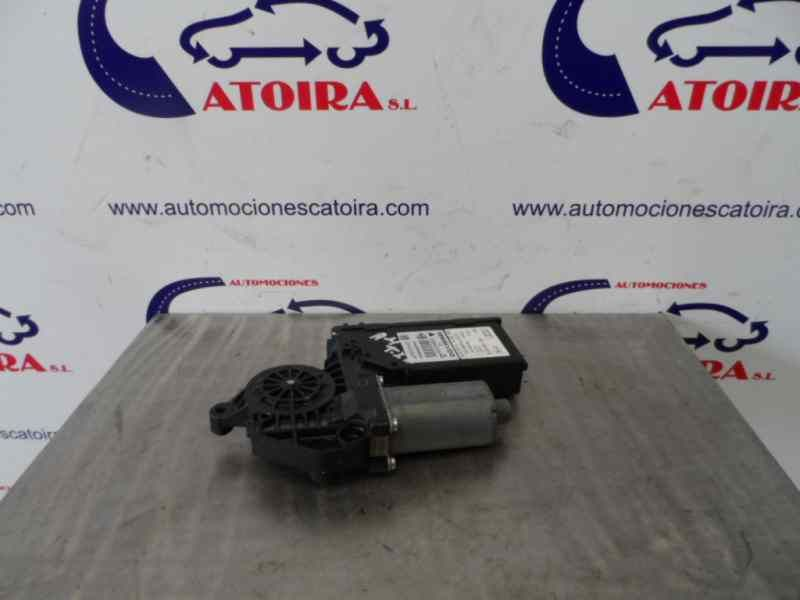 8E0959801E MECCANISMO ALZA VETRO POST. SX AUDI A4 Avant (8E) 1 serie     (2004) RICAMBI USATI