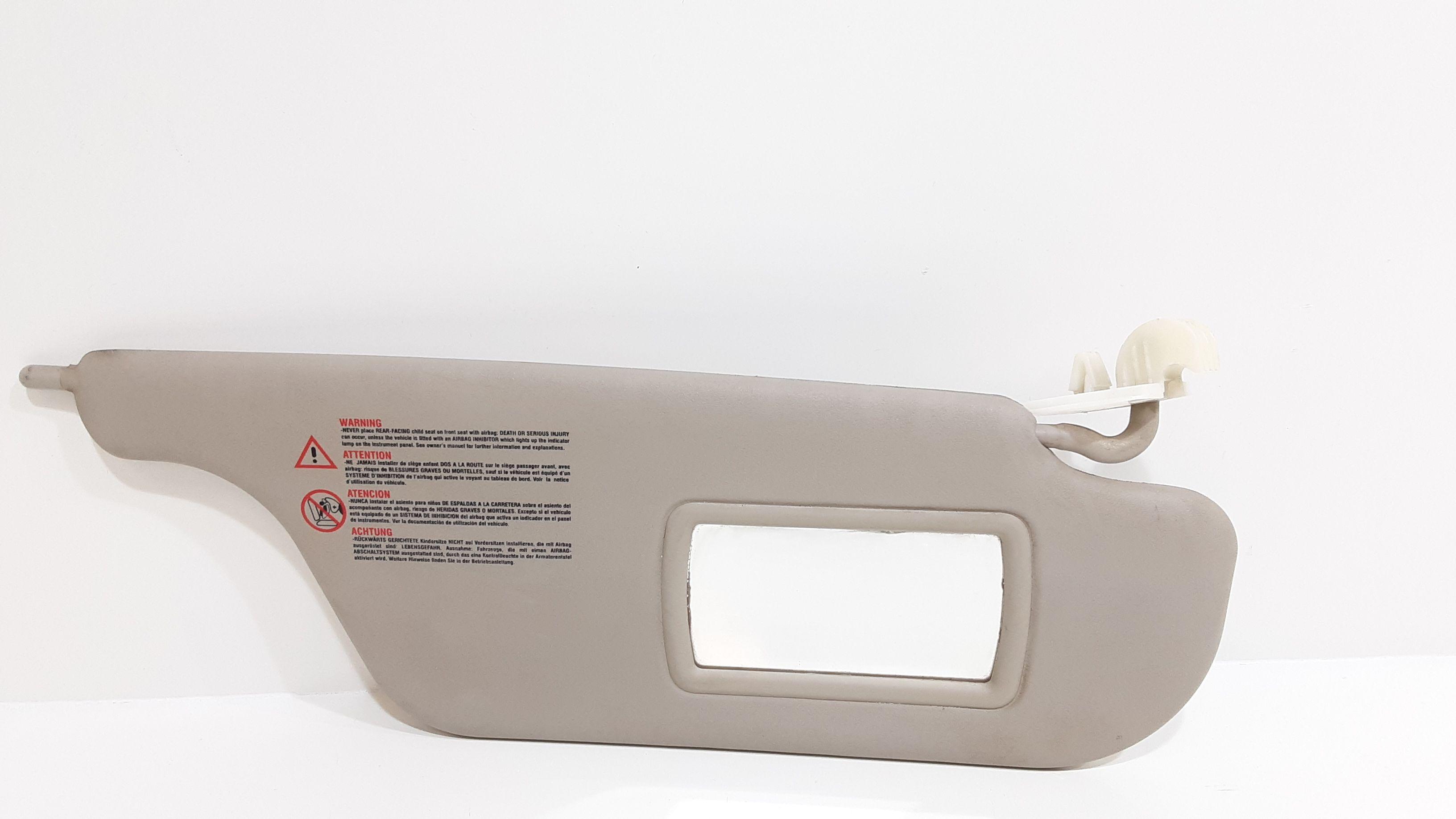 PARASOLE ALETTA LATO PASSEGGERO RENAULT Clio Serie (04>08) Benzina  (2007) RICAMBI USATI