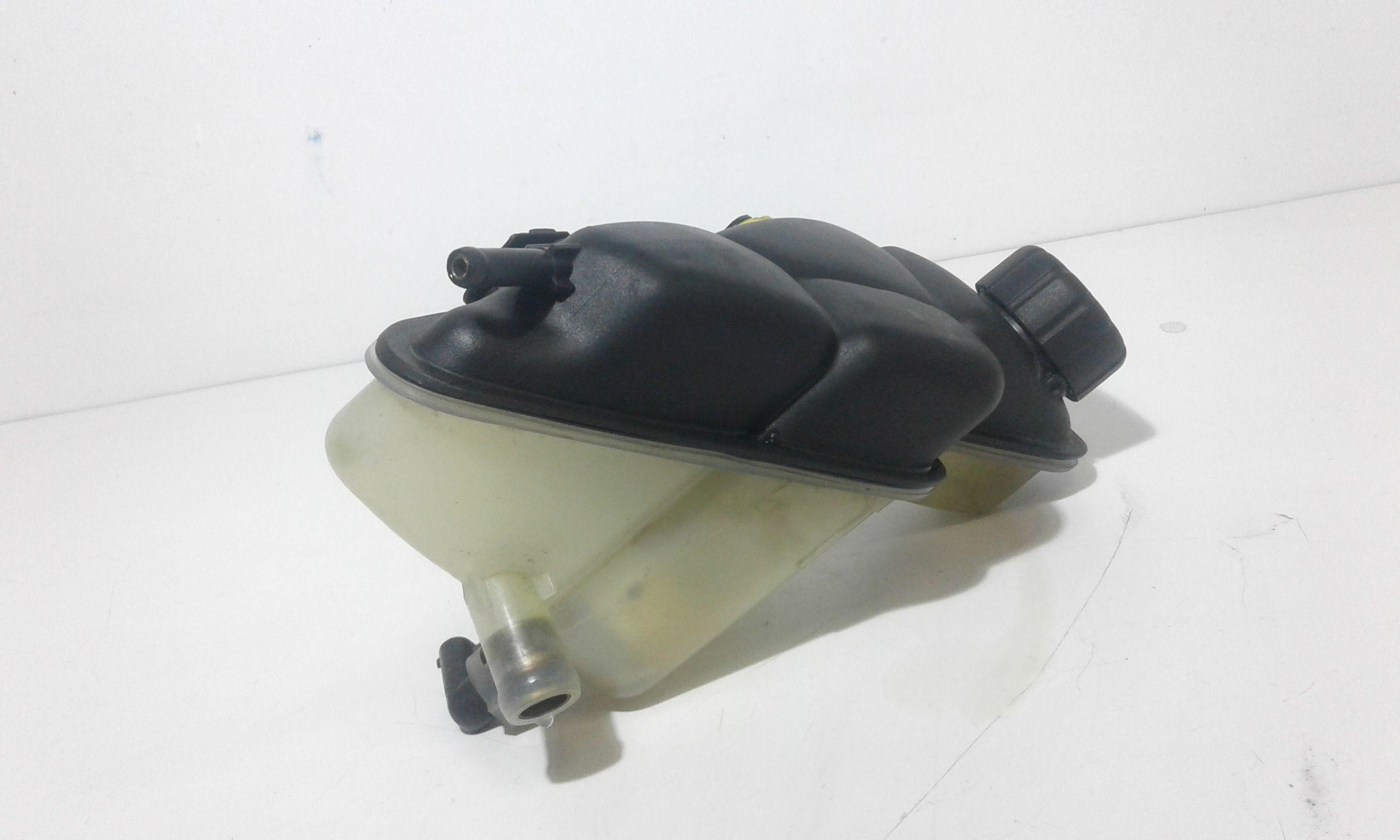 VASCHETTA LIQUIDO RADIATORE MERCEDES Classe A W168 1° Serie Benzina (2000) RICAMBI USATI