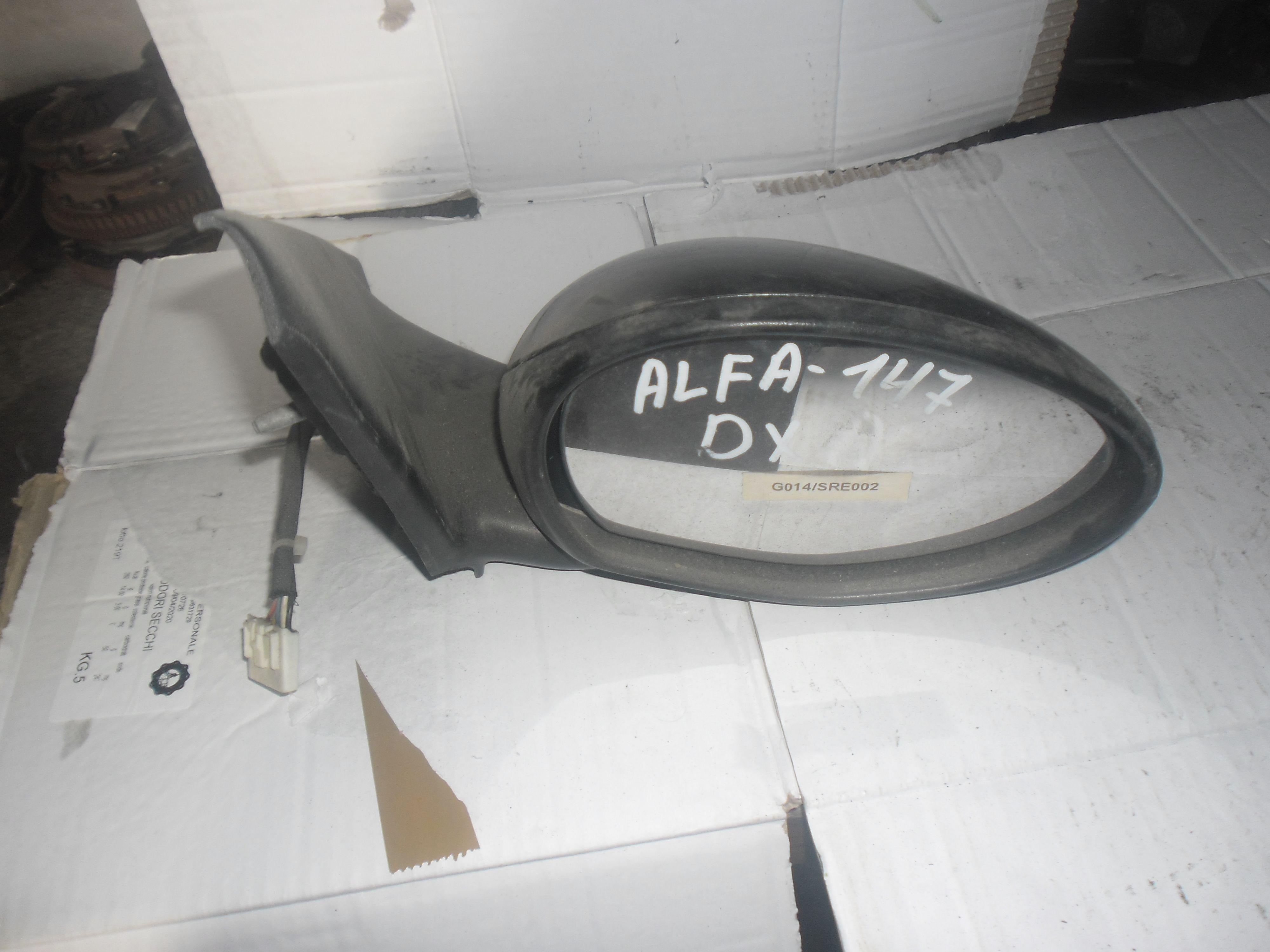 SPECCHIETTO RETROVISORE DESTRO ALFA ROMEO 147 1°  Serie Benzina  (2004) RICAMBI USATI