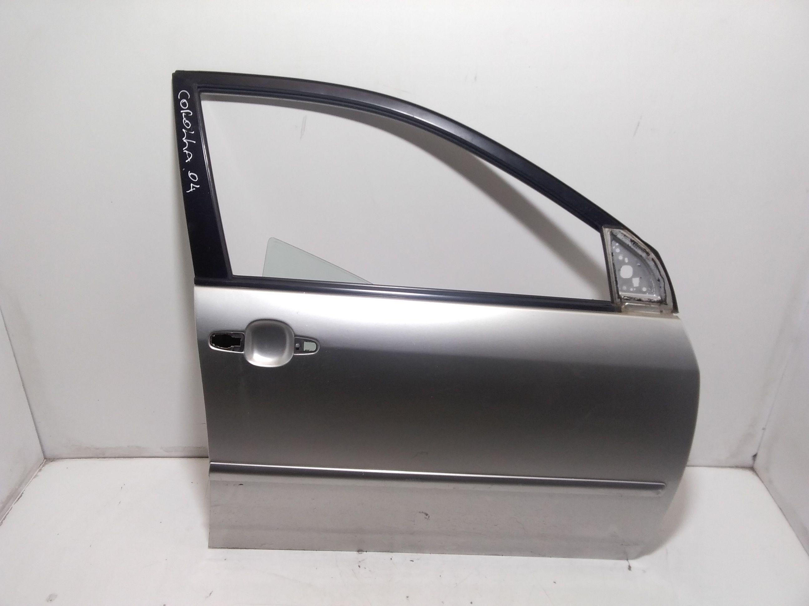 PORTIERA ANTERIORE DESTRA TOYOTA Corolla Berlina 3° Serie 3-5P Benzina  (2004) RICAMBI USATI