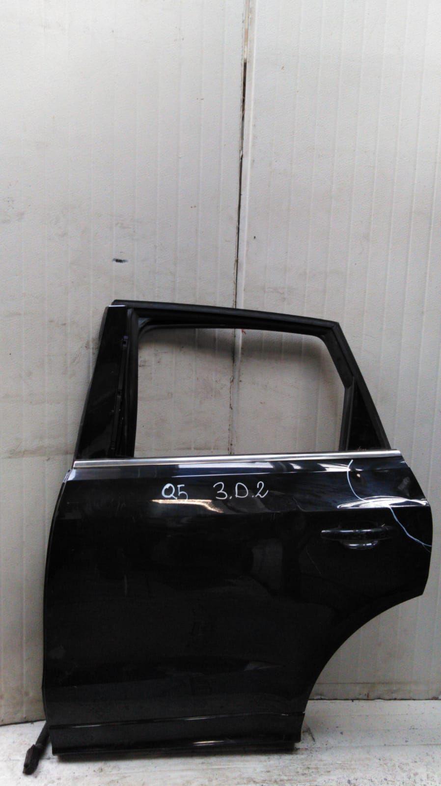 PORTIERA POSTERIORE SINISTRA AUDI Q5 1° Serie 2000 Diesel  (2009) RICAMBI USATI