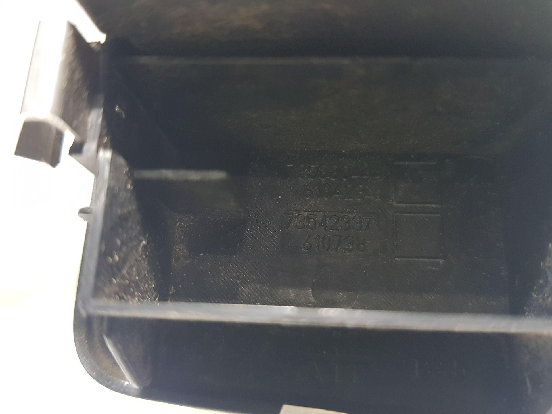 735423371 PULSANTIERA ANTERIORE SINISTRA GUIDA FIAT Grande Punto 1° Serie 1300 Diesel (2005) RICAMBI USATI
