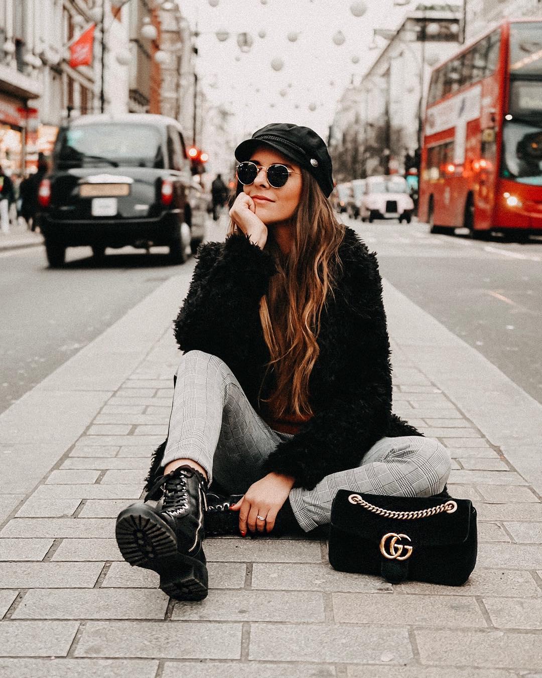 micro stud leather biker ankle boots de Zara sur materialisticsuicide