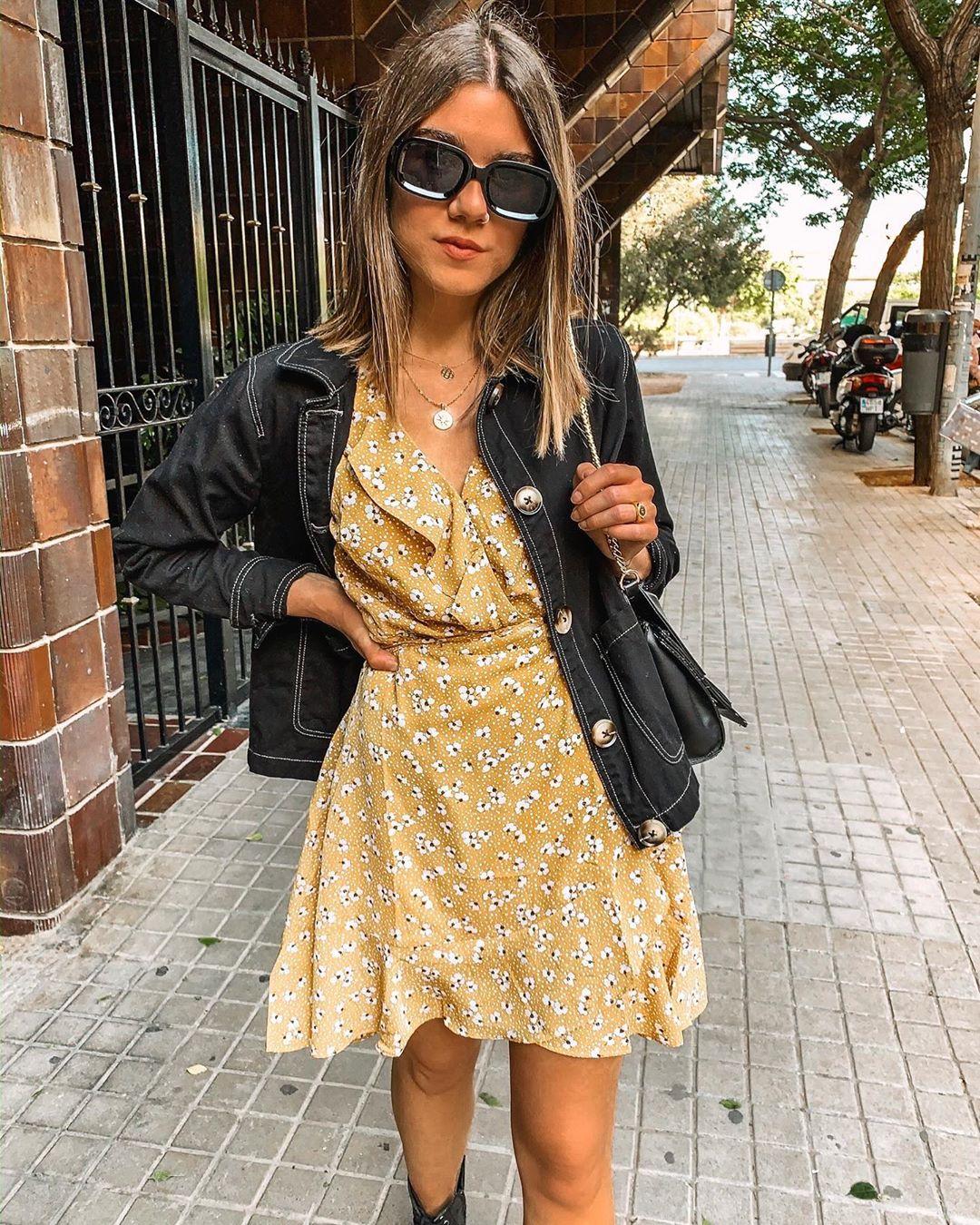 floral print mini dress de Zara sur amparocamo