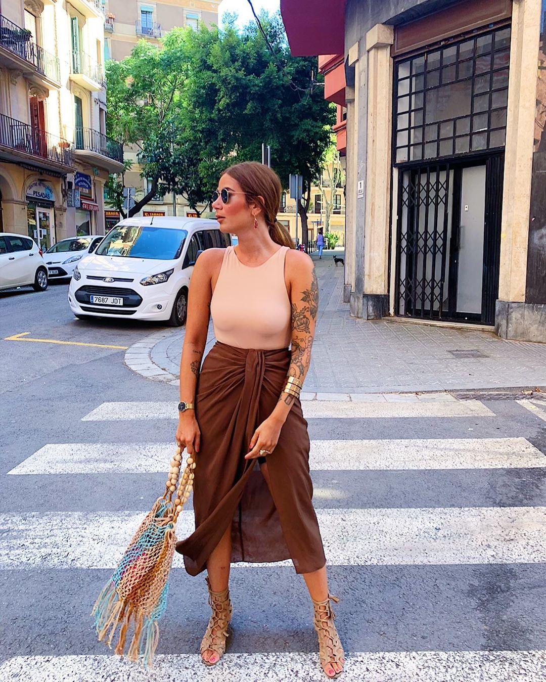skirt with bow front de Zara sur tataass_