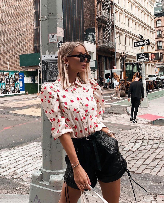 blouse with floral print de Zara sur zarastreetstyle