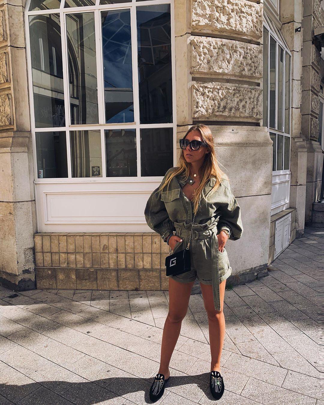 chemise à plis et poche de Zara sur dianeperreau