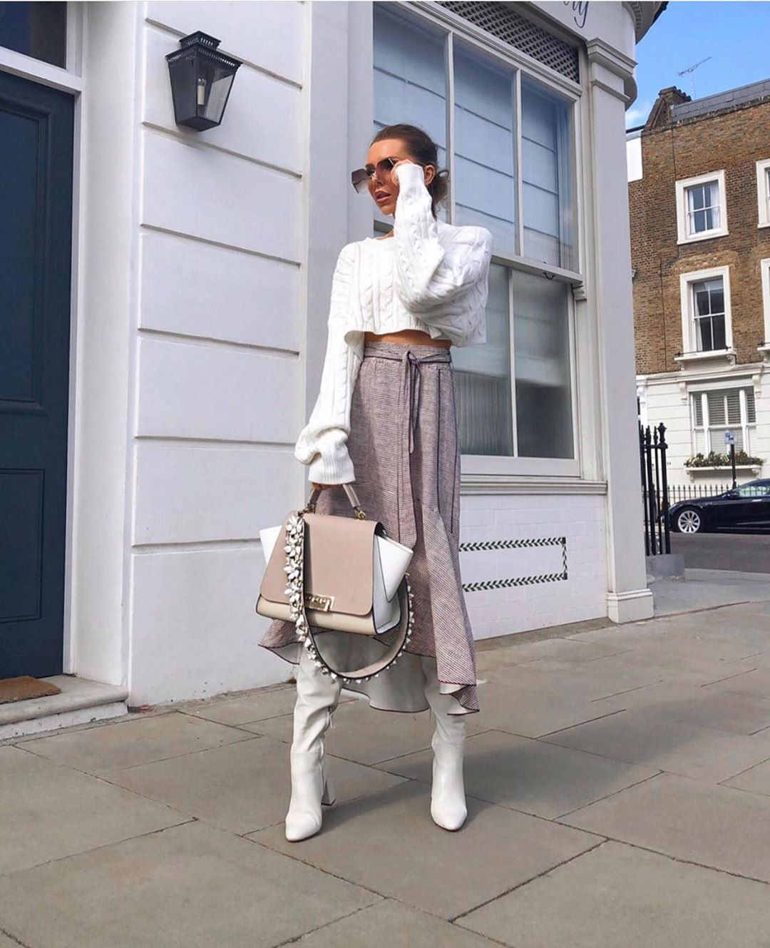 high heeled leather knee high boots de Zara sur zarastreetstyle