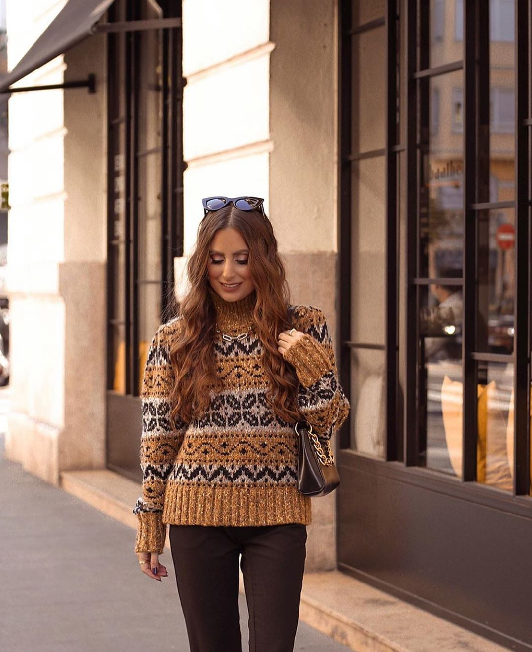 pull en jacquard à verroteries de Zara sur zara.outfits