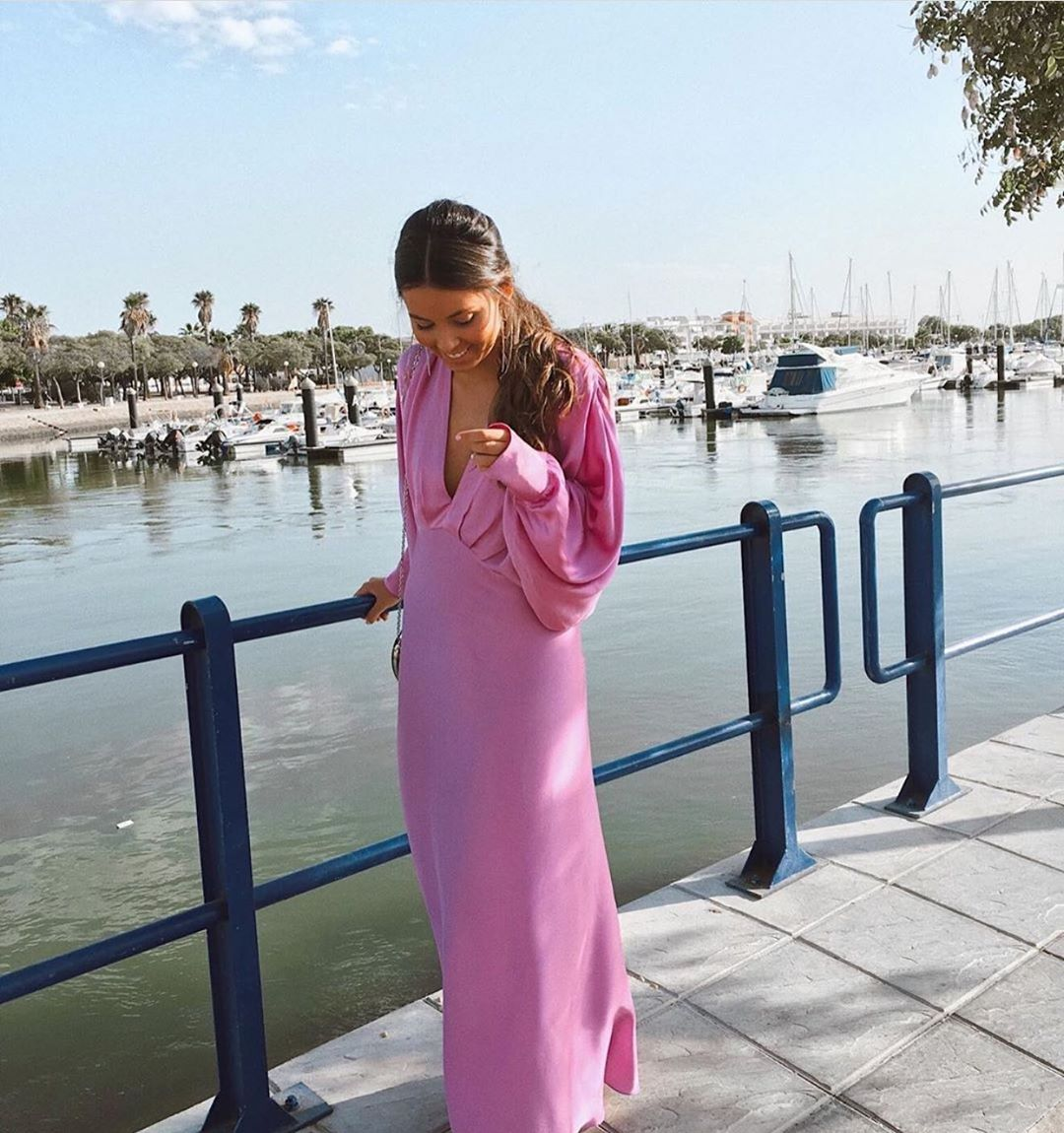 satiny dress de Zara sur zaraaddiction