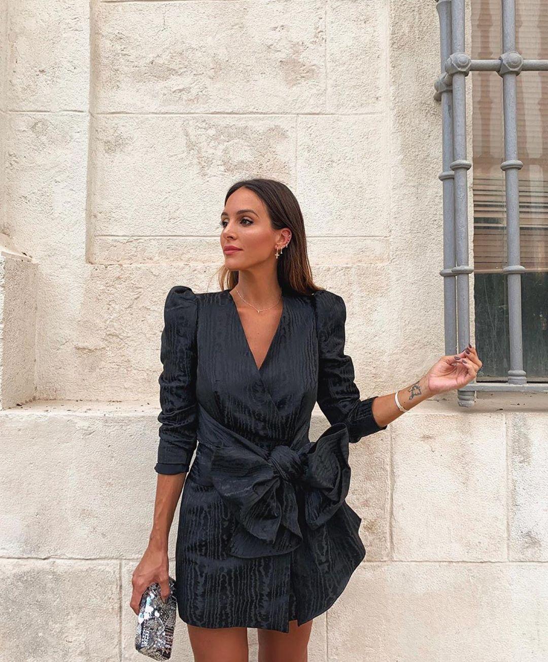 structured dress with bow de Zara sur zarastreetstyle