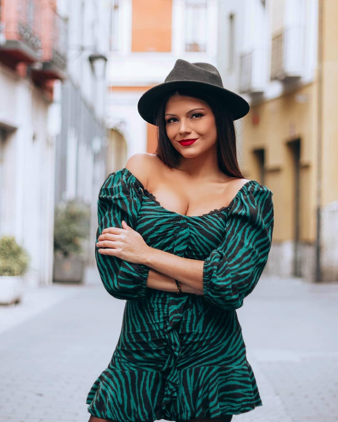 printed dress with ruffles de Zara sur mairitalejita