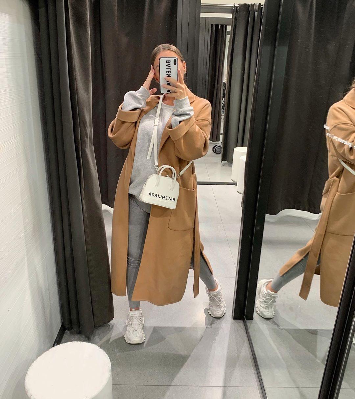 coat with patch pockets de Zara sur pauline_cassie