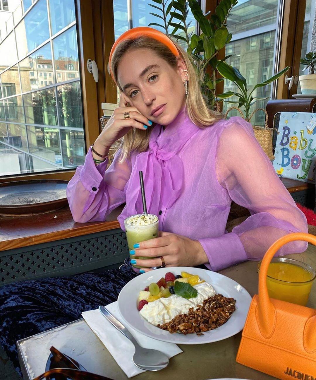 blouse en organza avec noeud de Zara sur zara.mania
