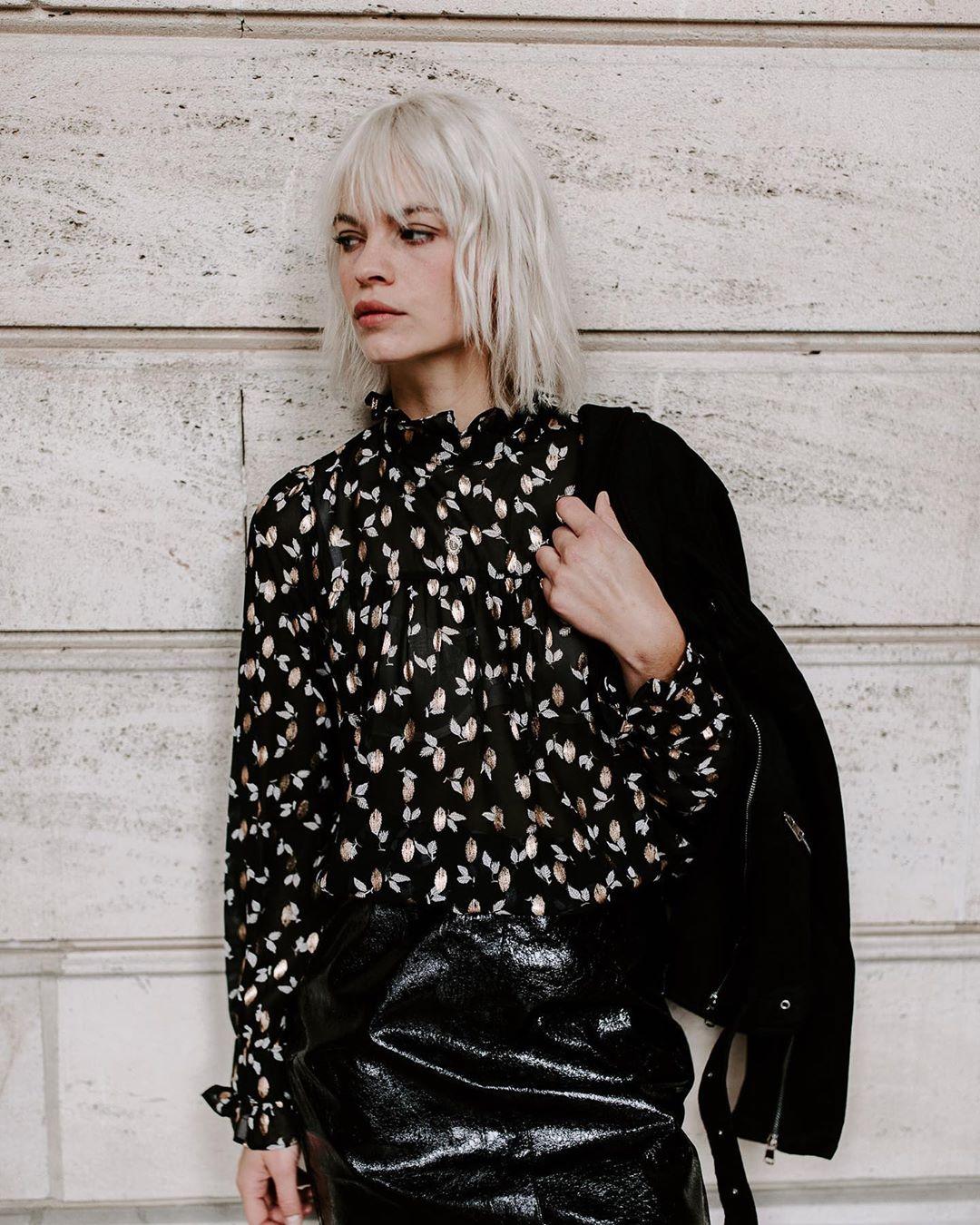 jupe noire vinyl de Les Bourgeoises sur lesbourgeoisesofficiel