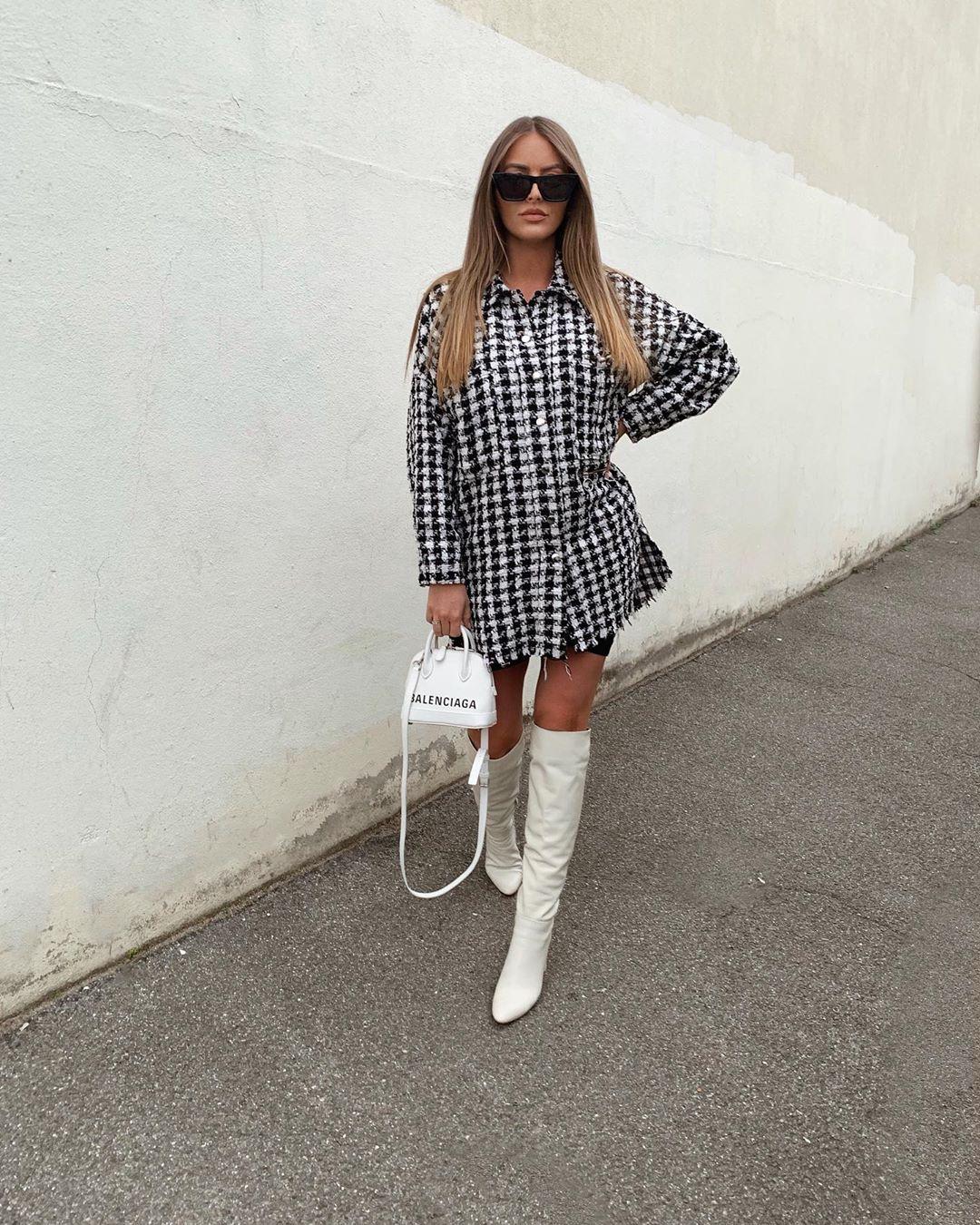 high heeled leather knee high boots de Zara sur pauline_cassie