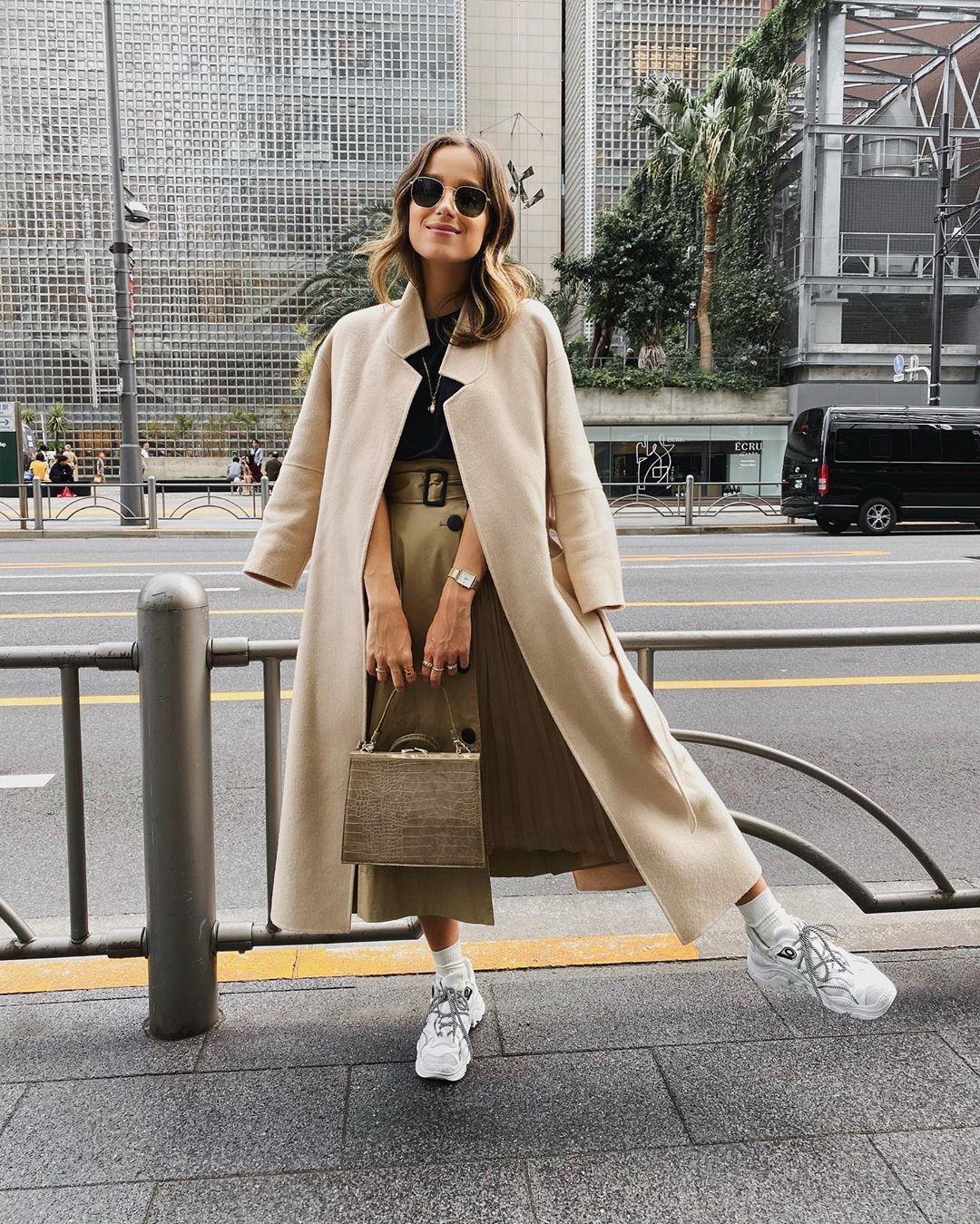 coat with patch pockets de Zara sur rutaenroute