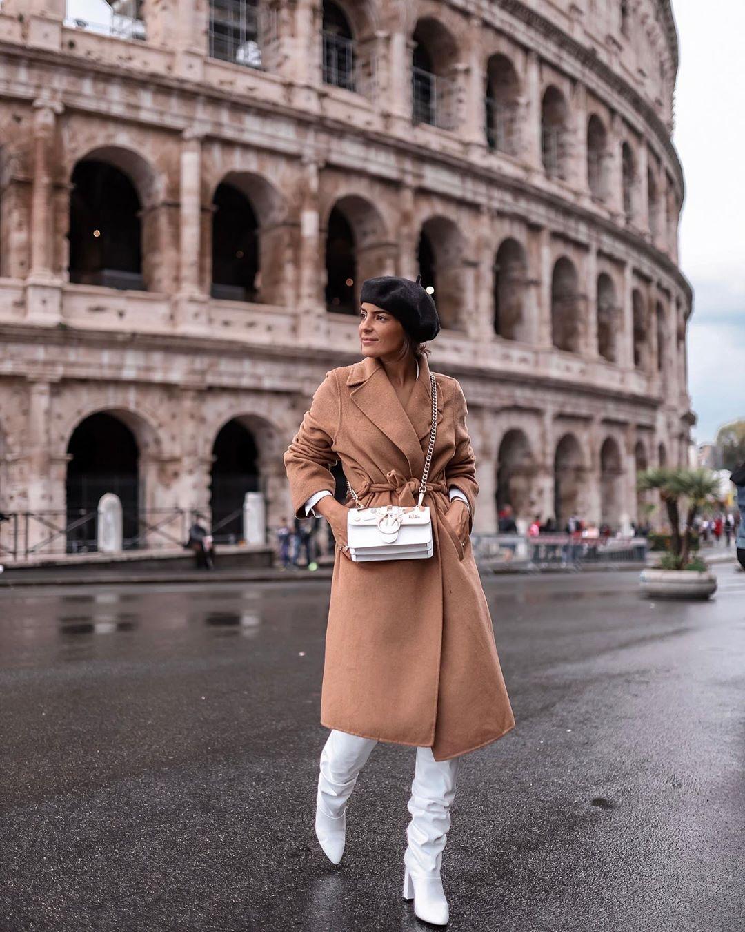 high heeled leather knee high boots de Zara sur joanavaz_