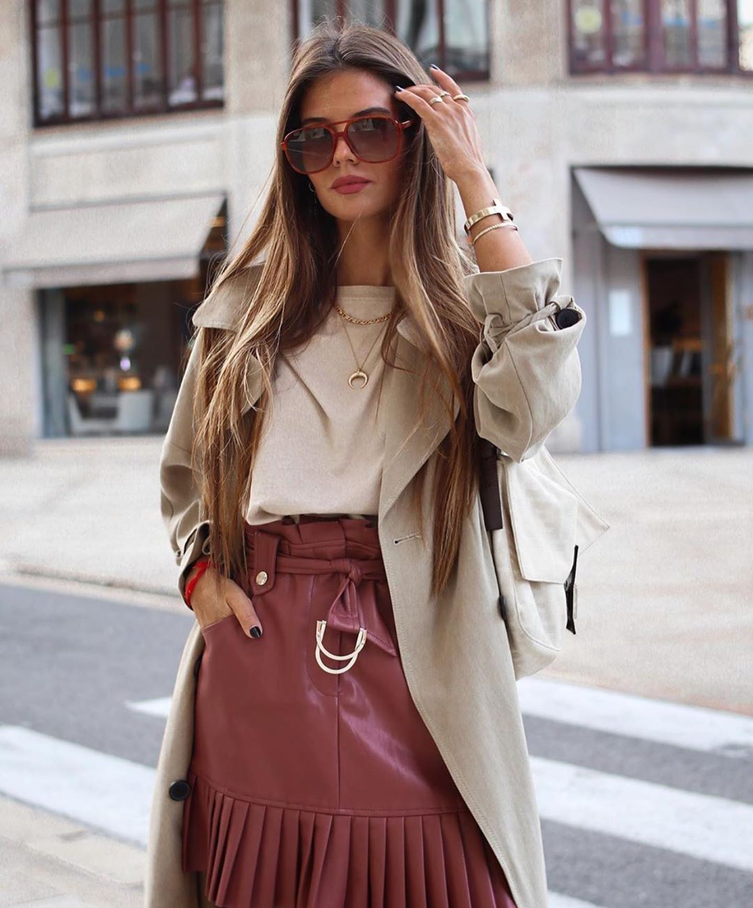 pleated synthetic leather mini skirt de Zara sur zaraaddiction