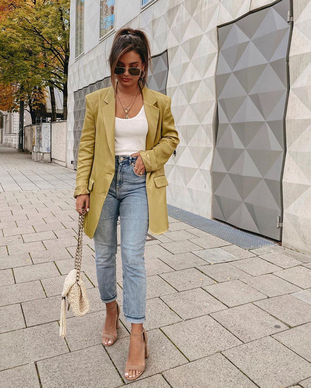 satin jacket with buttons de Zara sur mernamariellaaa